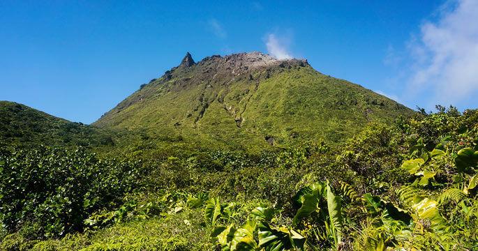 Guadeloupe-La-Soufriere-Volcan