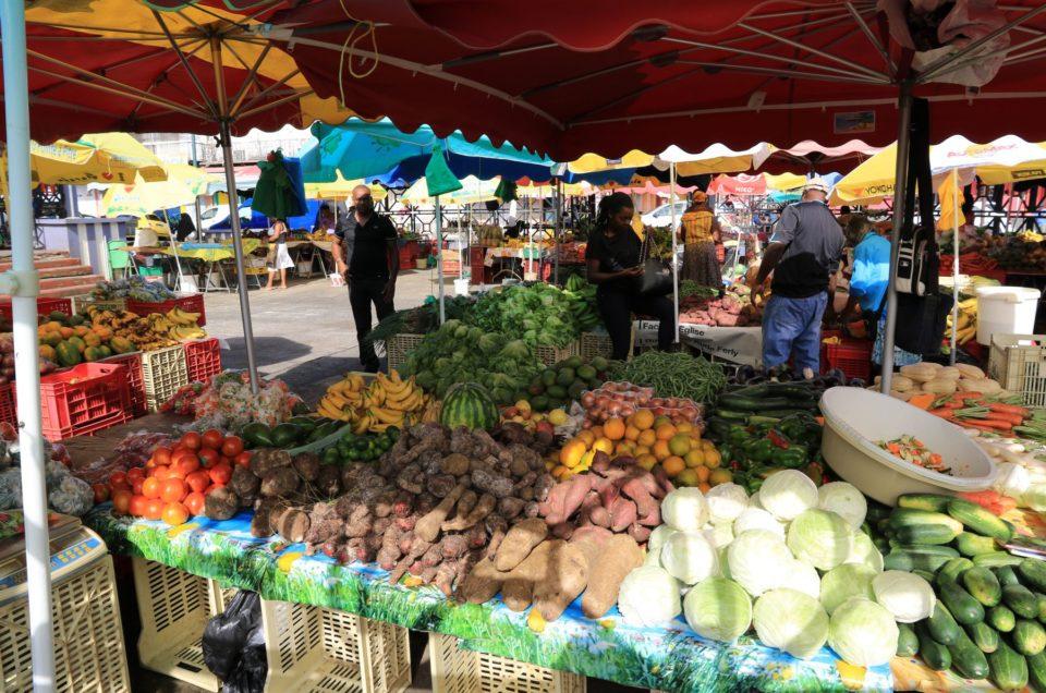 Visitez le Marché aux épices de Pointe à Pitre