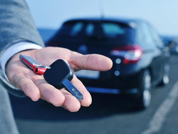 Comment choisir son loueur de voiture indépendant en Guadeloupe?